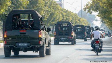 Photo of Vorsichtige Proteste gegen Myanmars Armee