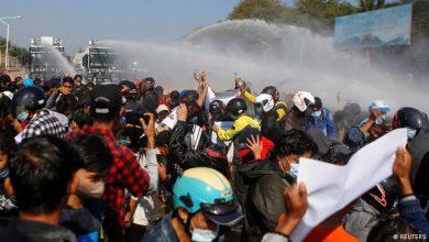 Photo of Myanmars Sicherheitskräfte gehen immer rigider gegen Demonstranten vor
