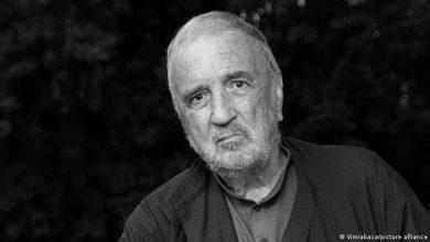 Photo of Mann im Hintergrund: Zum Tod von Jean-Claude Carrière