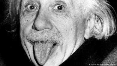 Photo of Warum Einstein seine Zunge raustreckt