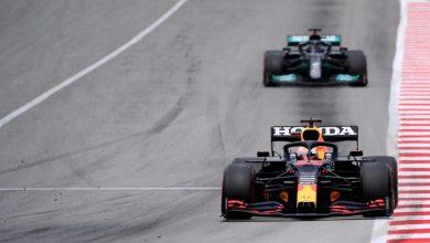 Photo of Verstappen knackt Hamilton in Kurve eins, verliert aber auf den letzten Runden